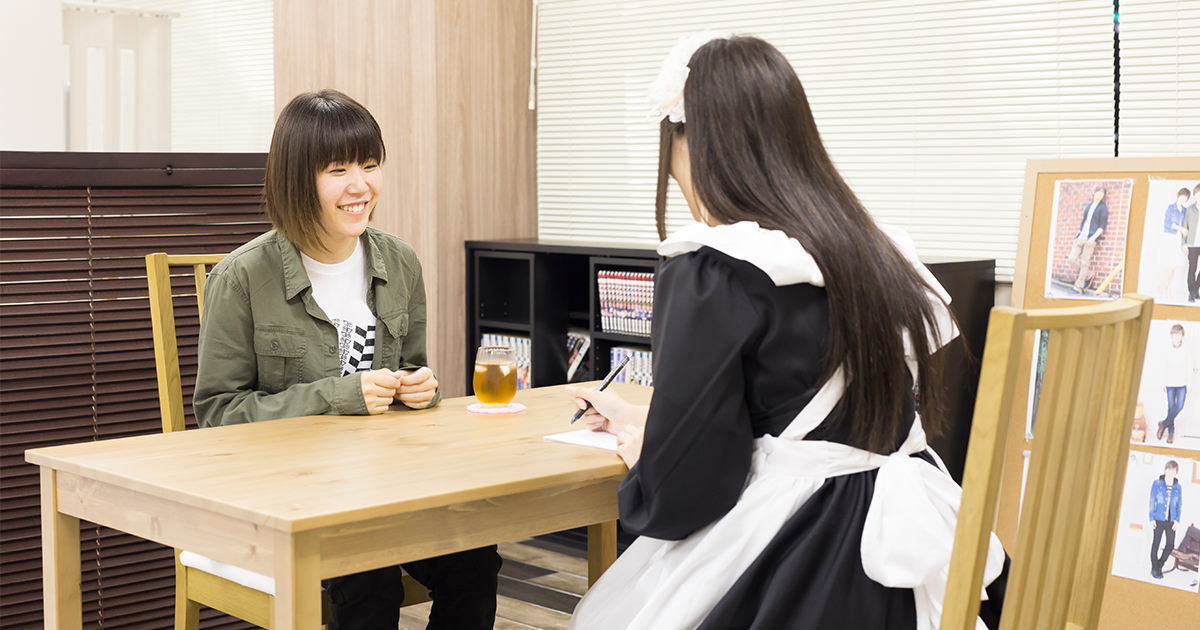 完全予約制で、メイドさんが、お客様1人だけを担当し、1人60分間程度、丁寧に接客してもらえる