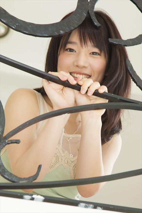 内田真礼グラビア写真32