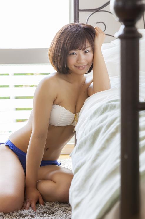 安枝瞳グラビア写真10