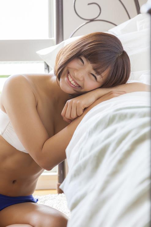 安枝瞳グラビア写真12