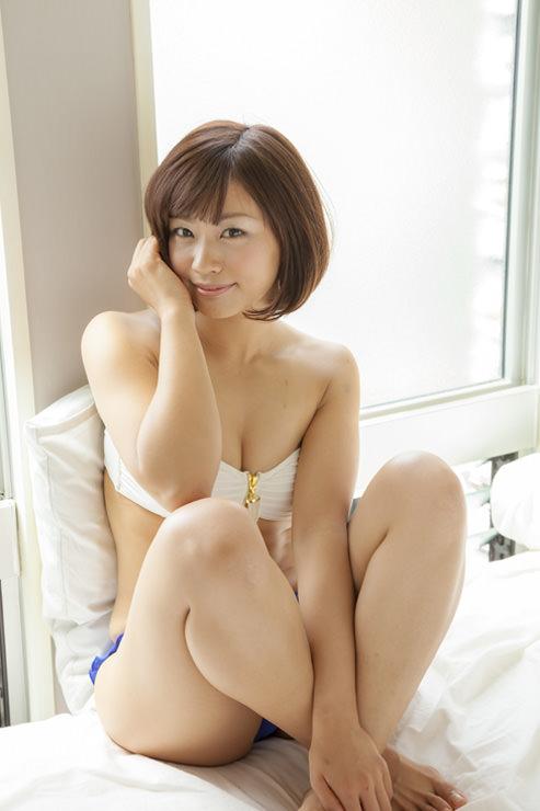 安枝瞳グラビア写真54