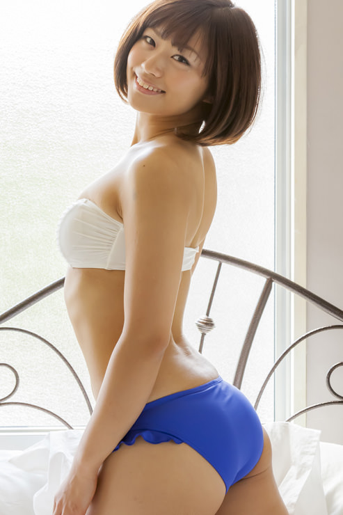 安枝瞳グラビア写真24
