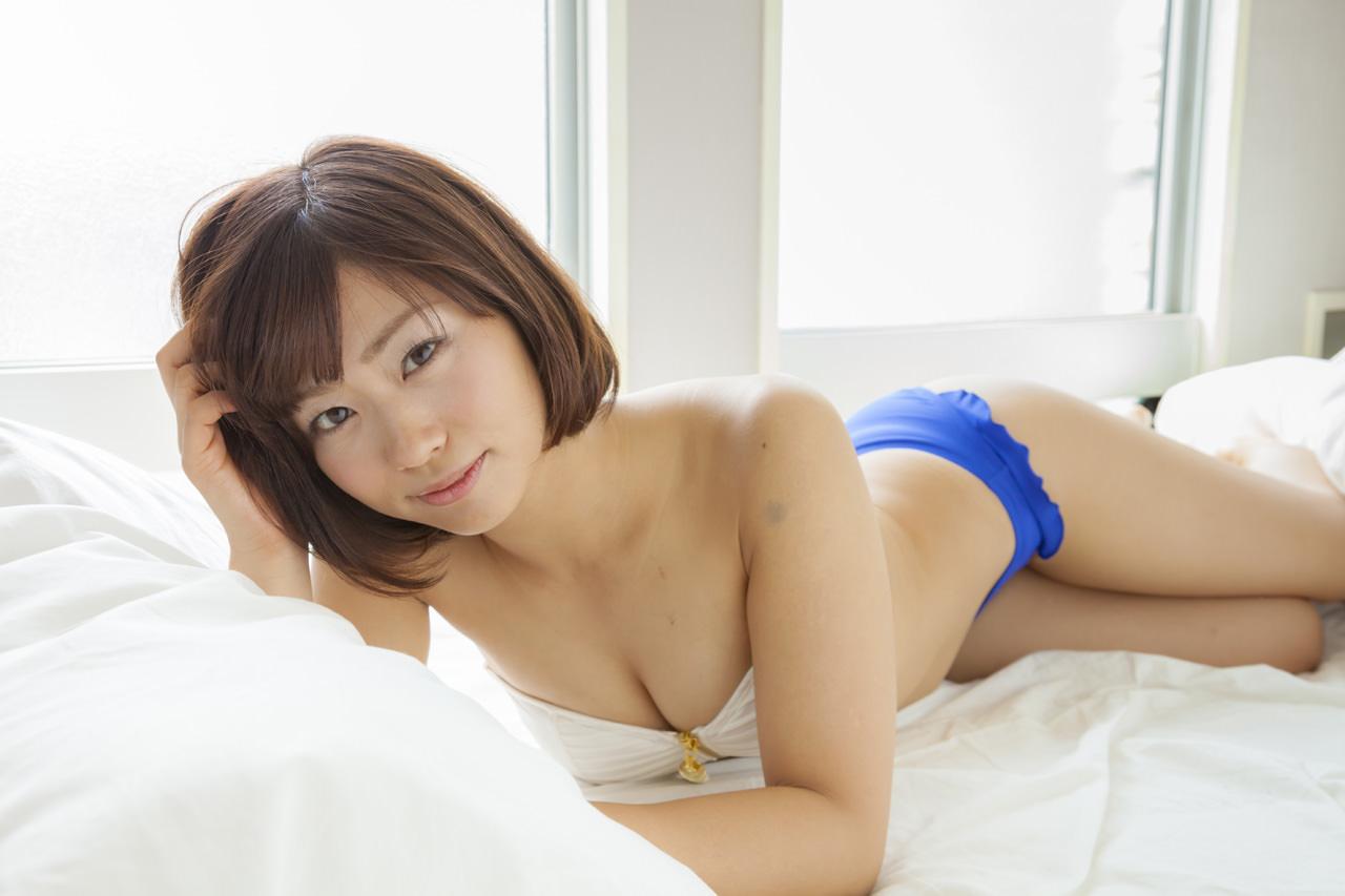 安枝瞳グラビア写真28
