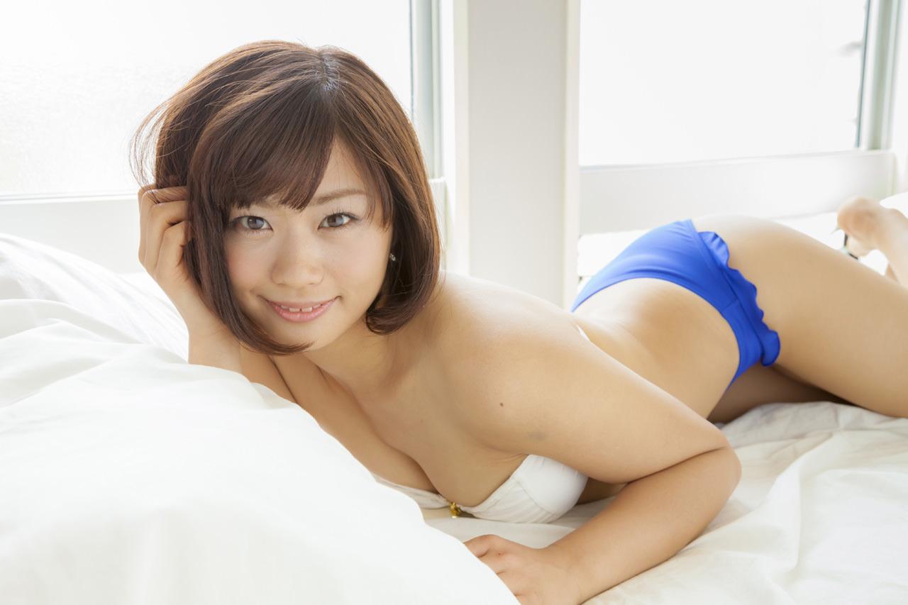 安枝瞳グラビア写真30