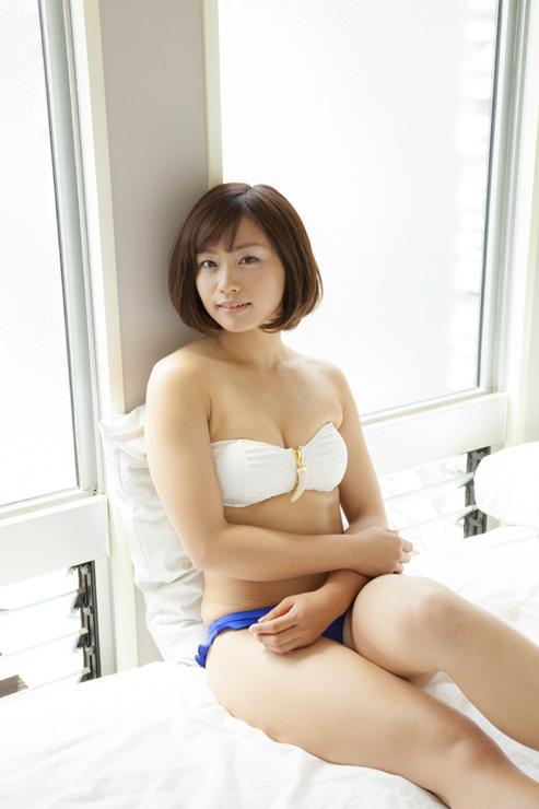 安枝瞳グラビア写真50
