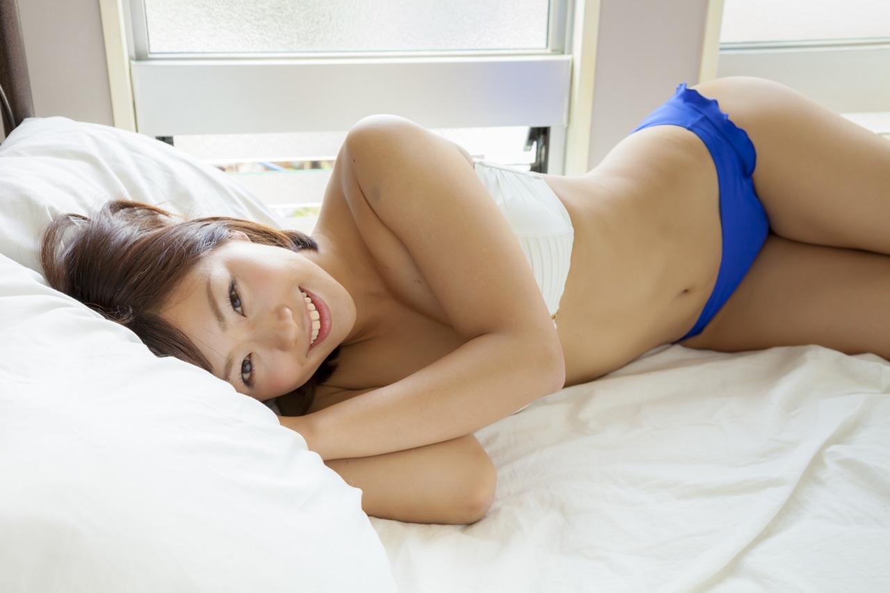 安枝瞳グラビア写真57