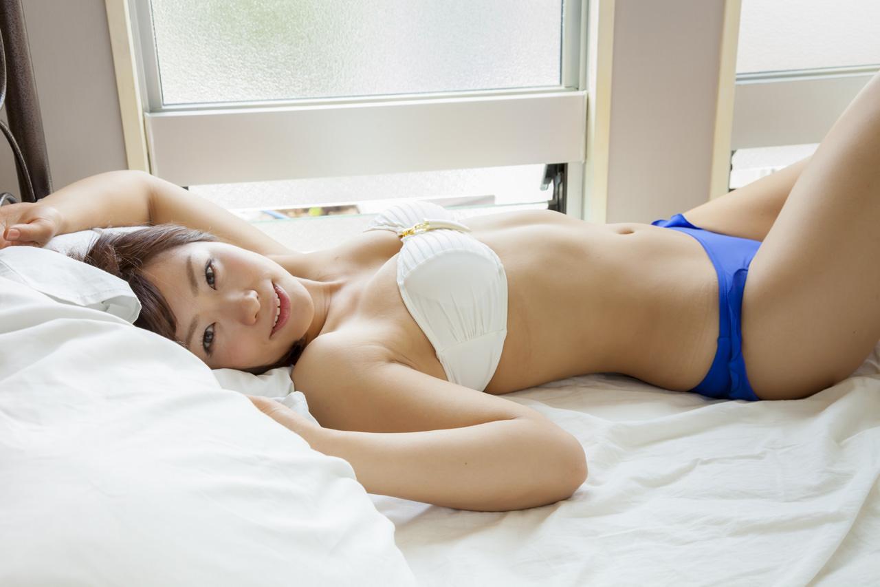安枝瞳グラビア写真58