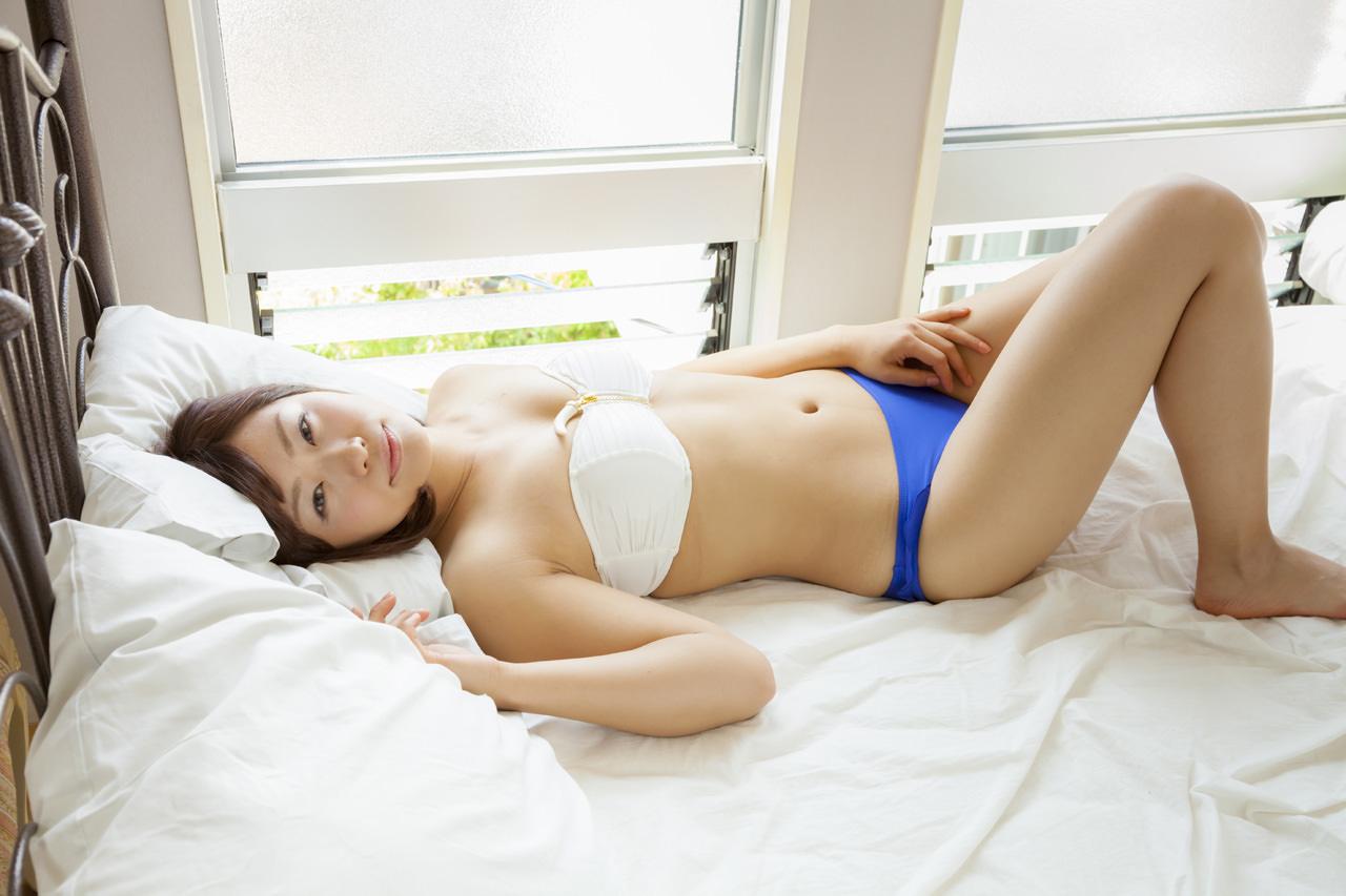 安枝瞳グラビア写真60