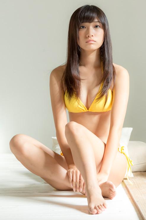 森川彩香のかわいい水着画像