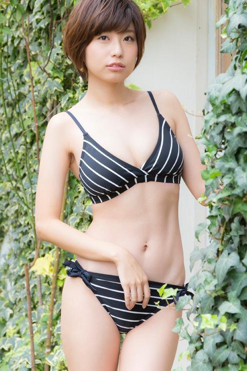 天野麻菜グラビア写真6