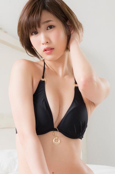 夏目花実グラビア写真10