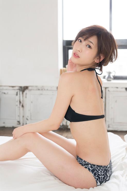 夏目花実グラビア写真18