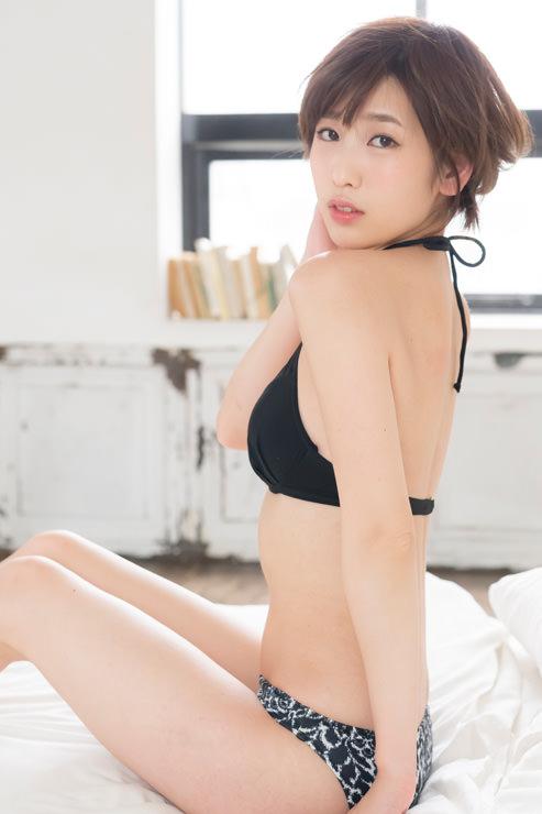 夏目花実グラビア写真20