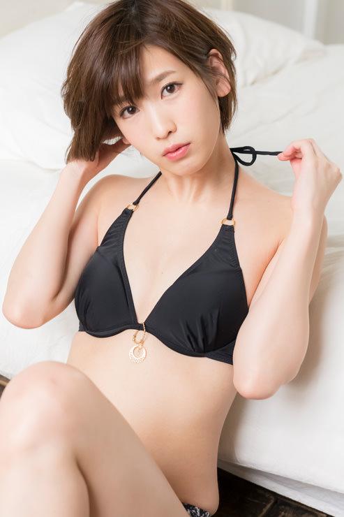 夏目花実グラビア写真44