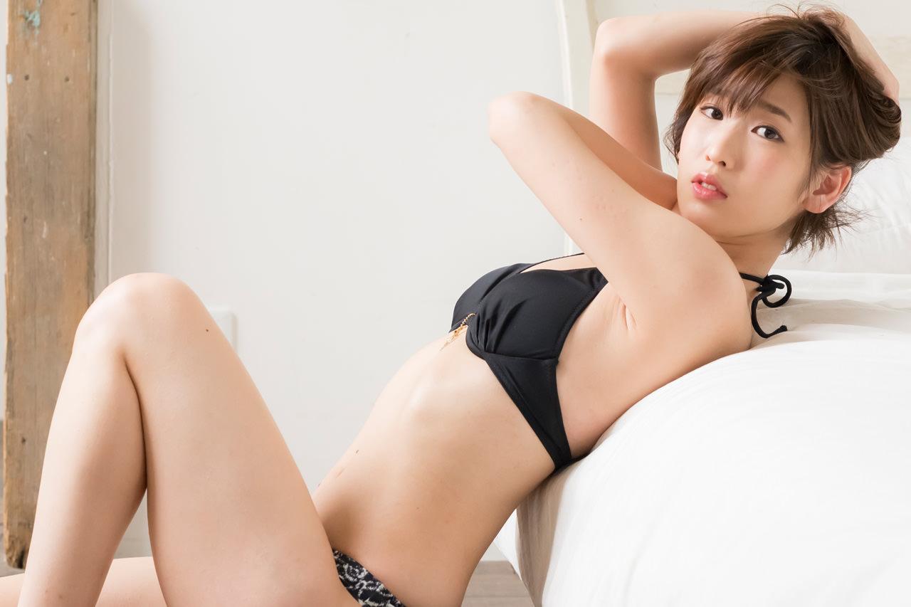 夏目花実グラビア写真50