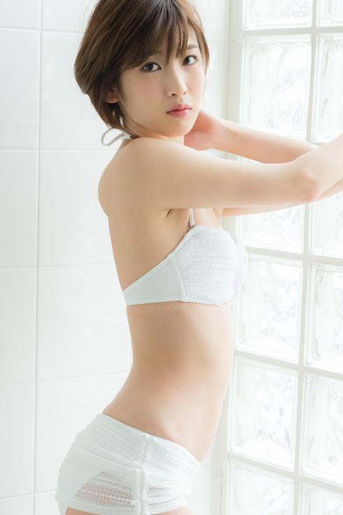 夏目花実グラビア写真70
