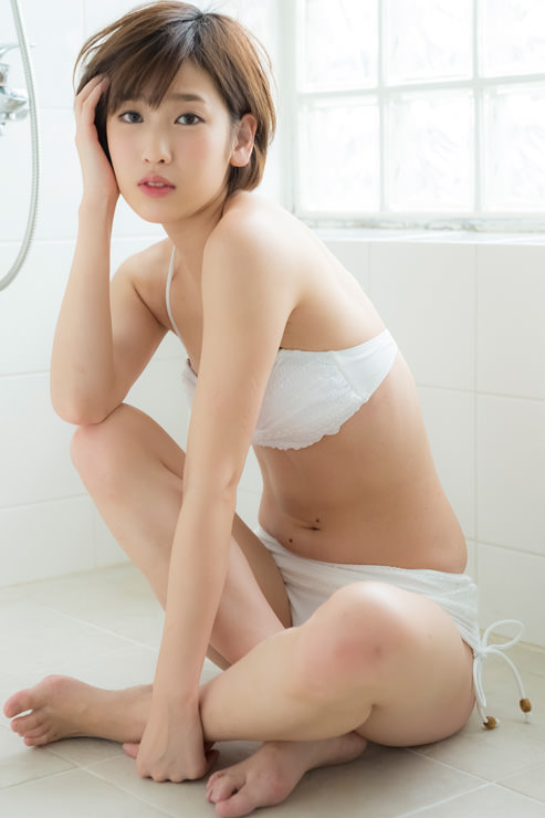 夏目花実グラビア写真74