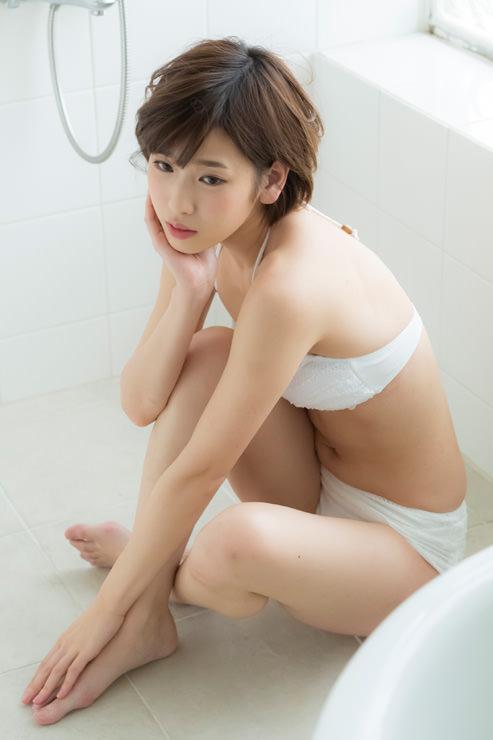 夏目花実グラビア写真77