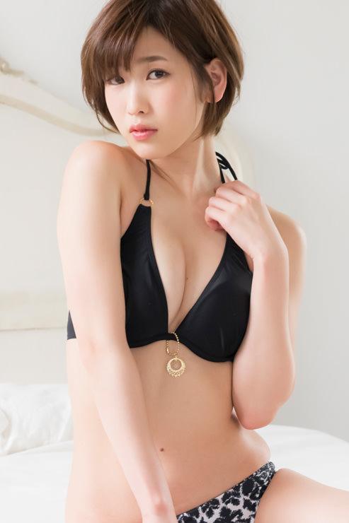 夏目花実グラビア写真8