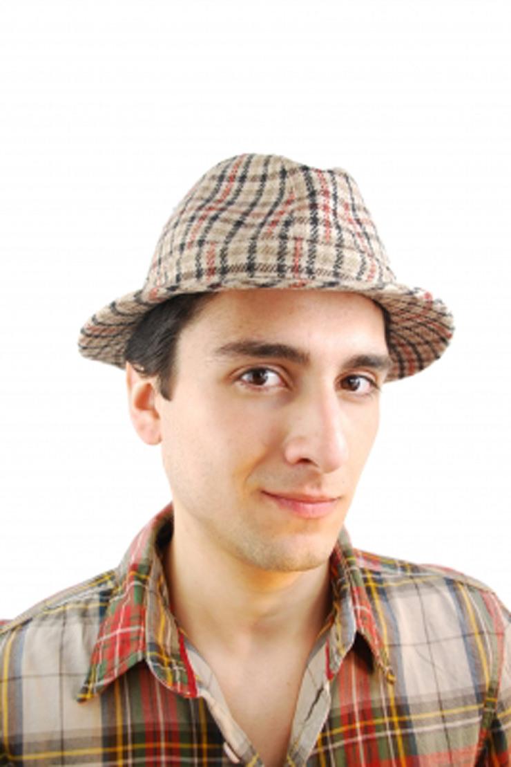 インパクト抜群の帽子